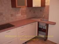 Монтаж кухни со столешницей из искусственного камня