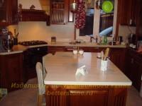 Обеденный стол как дополнение интерьера кухни