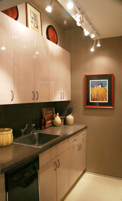 Small-Kitchen-Lighting-Ideas-Picture1