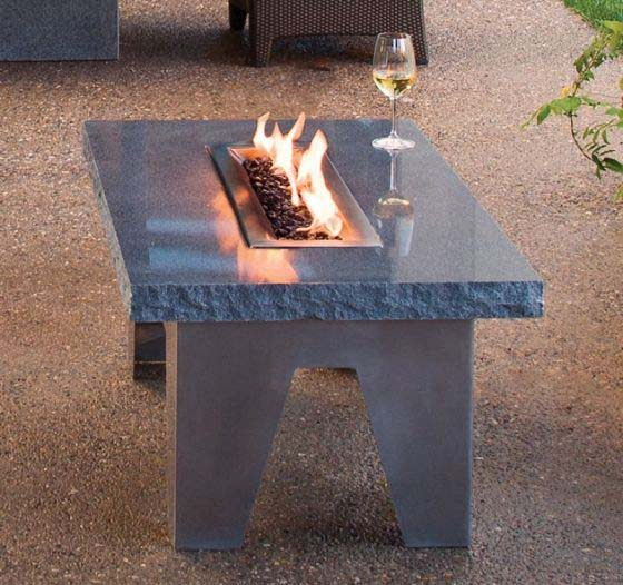 garden-furniture-outdoor-rooms-vesta-fire-table-1