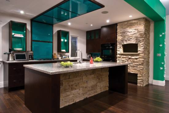 touch-stone-in-the-kitchen