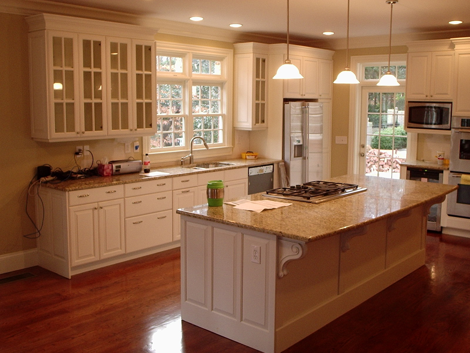 Kitchen-cabinets-kitchen-cabinet-remodeling